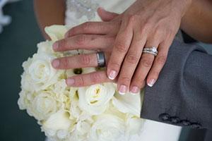 Verlobungsring Ehering Wo Tragen Teurer Schmuck